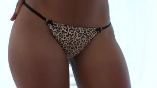 Hot ebony Karmin Renee from Xvideos has sex with a fat dude